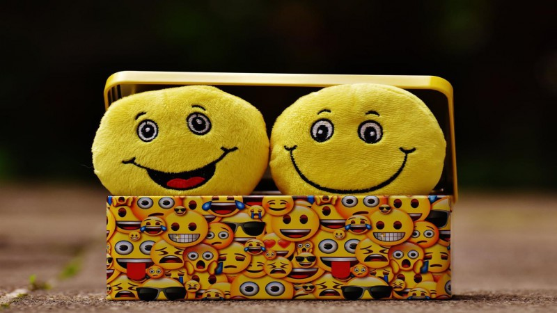 What Are the Advantages of Adding Smiley Face Feedback to Emails?